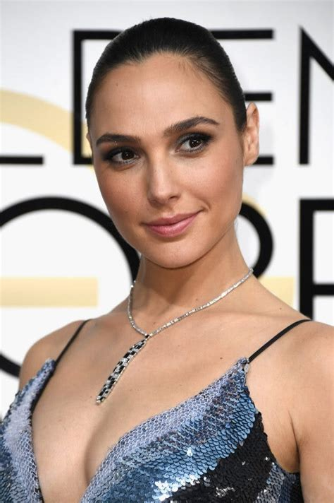 Gal Gadot Is the Ultimate Badass Babe in the New Wonder