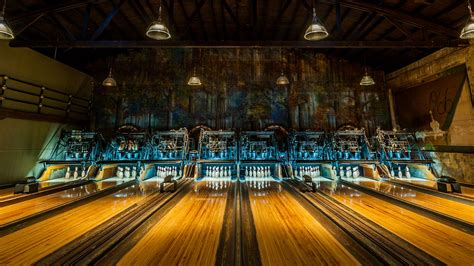 Hey Man, It's the Best Bowling Alleys in Los Angeles