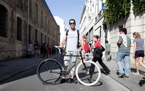 Fixed-Gear Bicycles Head Overseas, to Paris - The New York