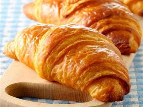 The croissant - Gastronomy & Holidays guide