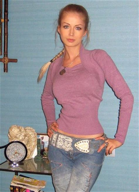 Dating Woman Russia Elena 40years, 162cm and 49kg - PrivetVIP